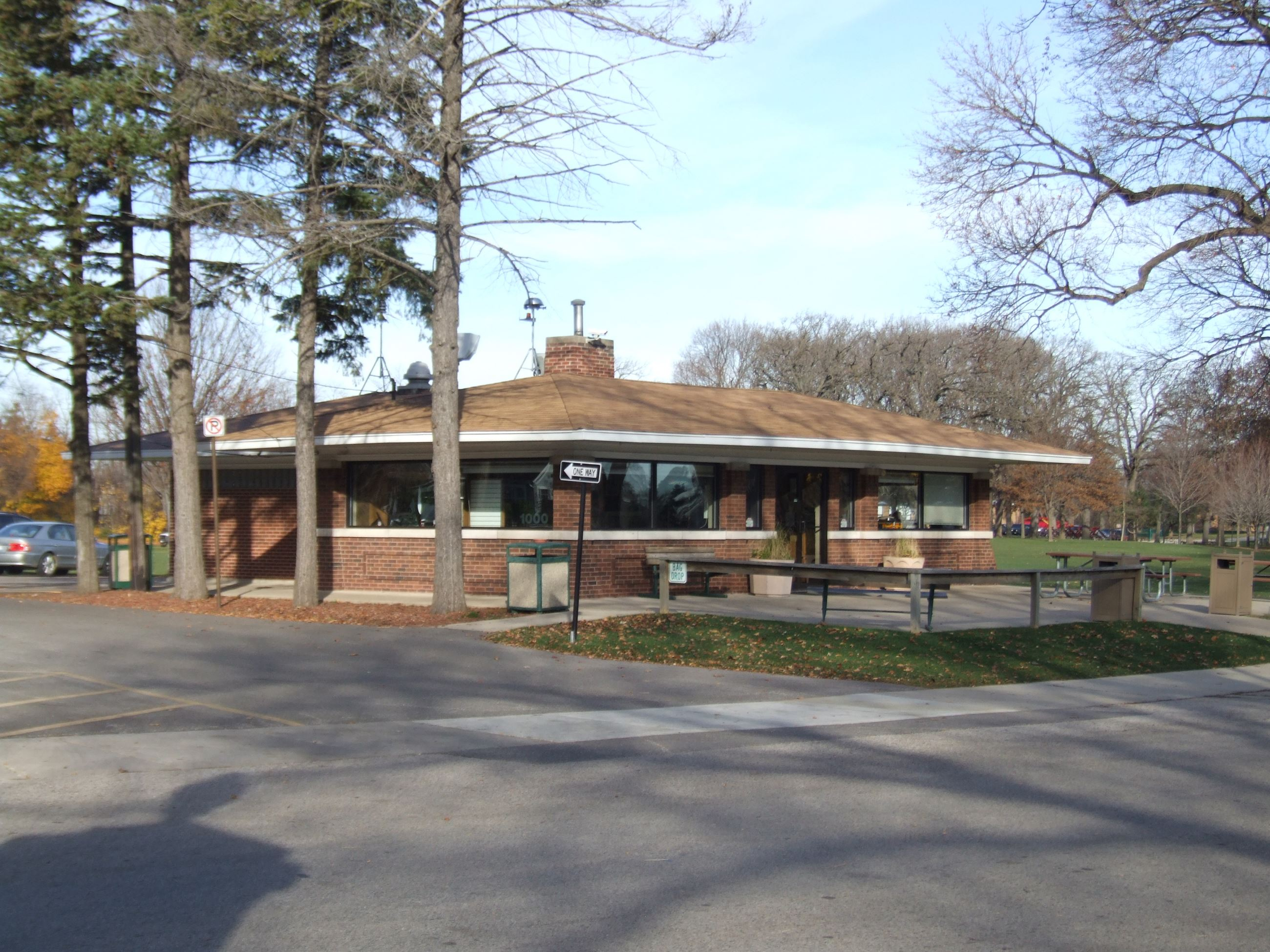 Wing Park Golf Clubhouse